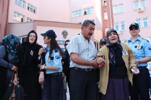 Şehit polis gözyaşlarıyla uğurlandı 10