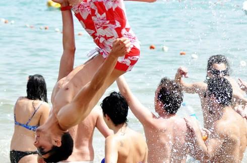 Bodrum sahillerinde çılgın eğlenceler 6
