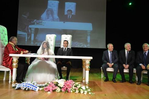 Şoför ve korumanın evliliğe uzanan aşkı 7