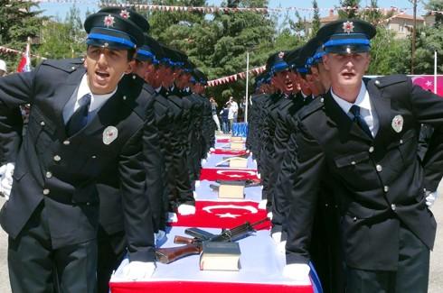 Gaziantep'te 194 polis adayı mezun oldu 3