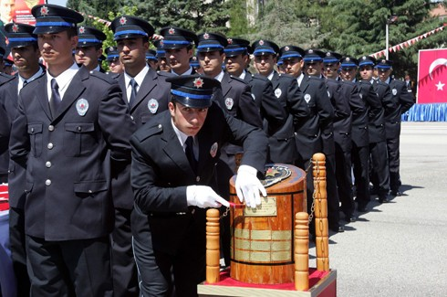 Gaziantep'te 194 polis adayı mezun oldu 8