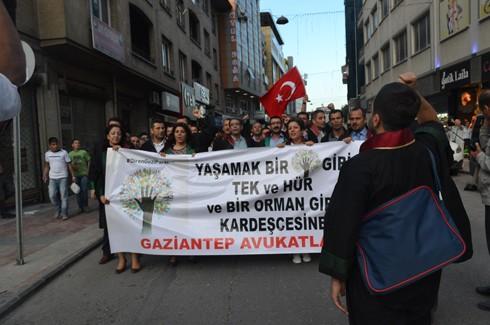 Avukatlardan protestoculara destek  1
