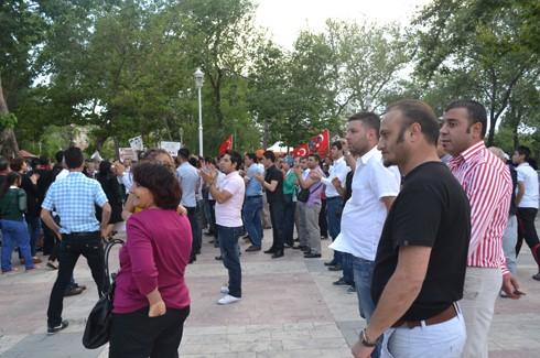 Avukatlardan protestoculara destek  18