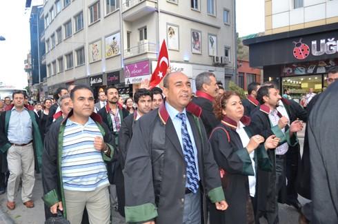 Avukatlardan protestoculara destek  4