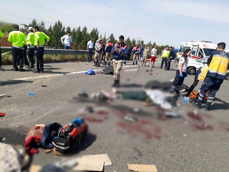 Feci kazada 5 kişi öldü 1