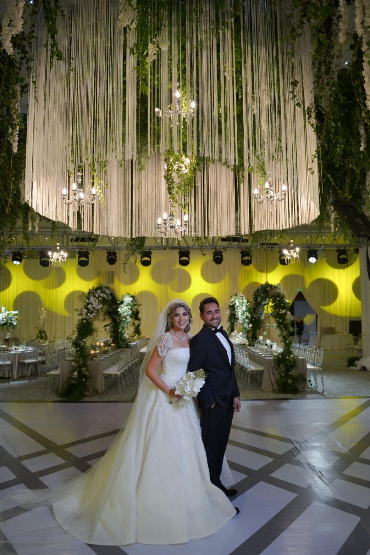Bu düğün başka düğün 1