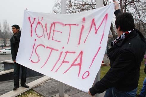 Gaziantepspor yönetimine istifa tepkisi 12
