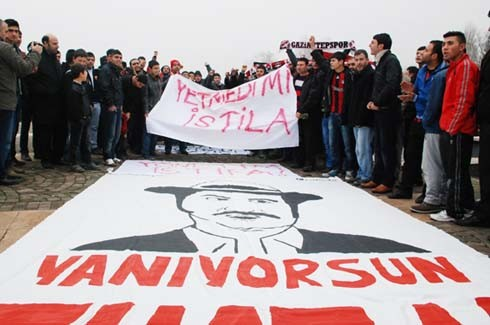 Gaziantepspor yönetimine istifa tepkisi 4