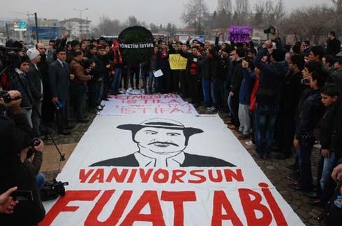 Gaziantepspor yönetimine istifa tepkisi 7