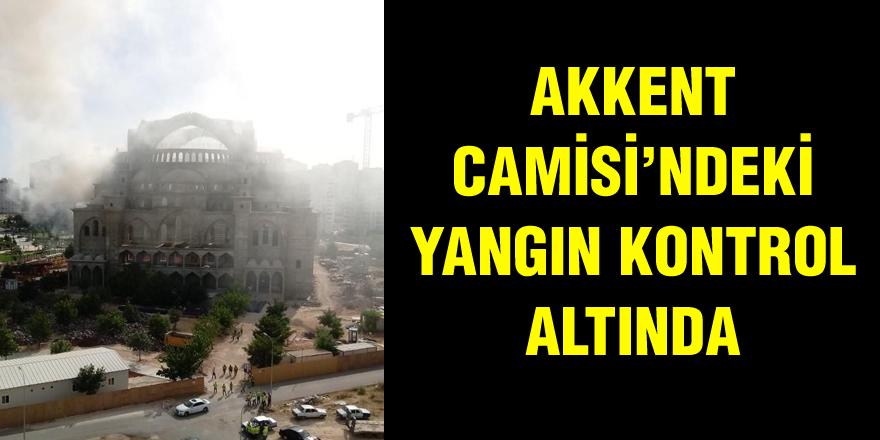 Akkent Camisi'nde yangın