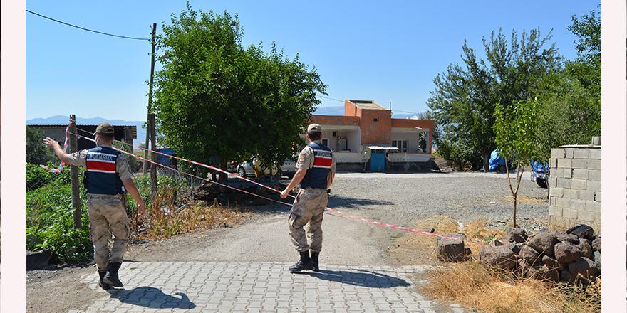 İzmir'den geldi, 9 ev karantinaya alındı