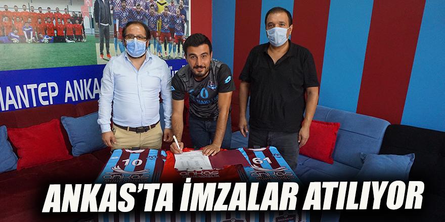 Ankas'ta imzalar atılıyor