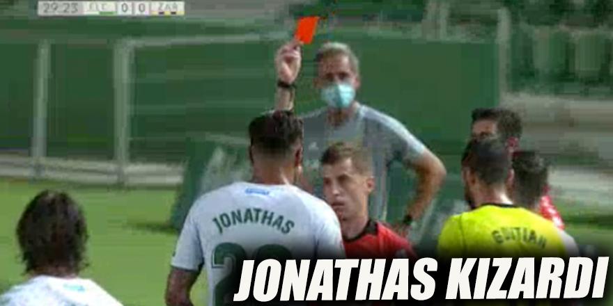 Jonathas kızardı