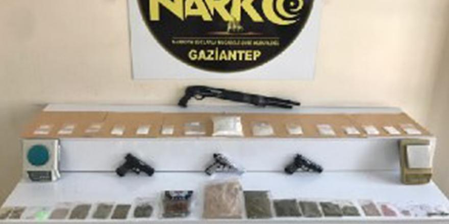 Uyuşturucu operasyonunda 32 gözaltı