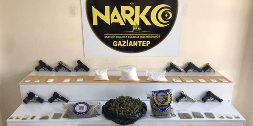 Uyuşturucu operasyonunda 40 gözaltı