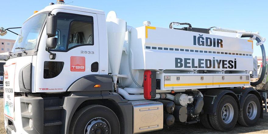 TBB'den Iğdır'a kanalizasyon aracı
