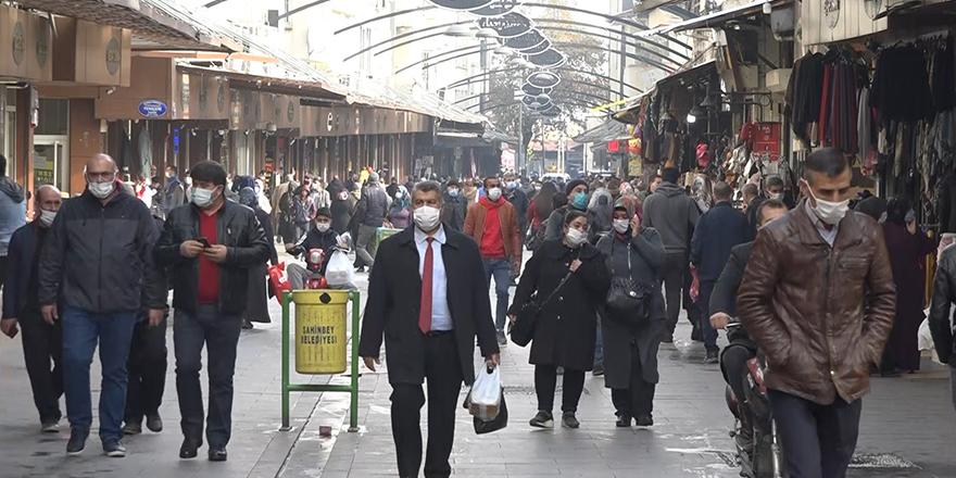 270 kişiye sosyal mesafe ve maske cezası