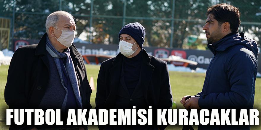 Futbol Akademisi kuracaklar