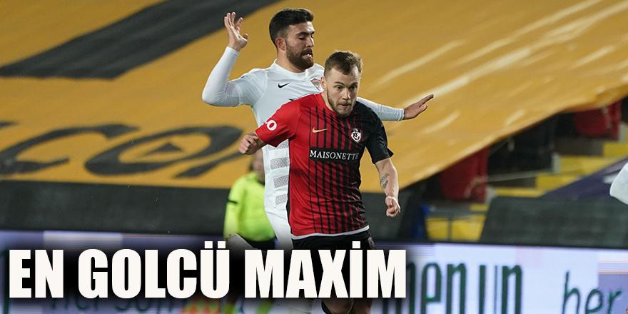 En golcü Maxim