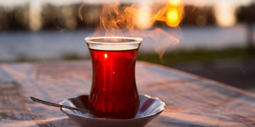 Koronavirüs için siyah çay önerisi!