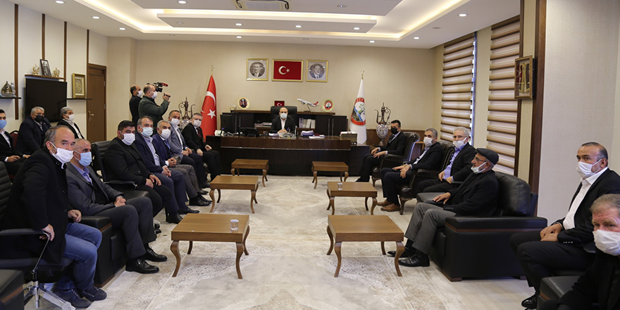 MHP İl yönetiminden Sarı'ya ziyaret