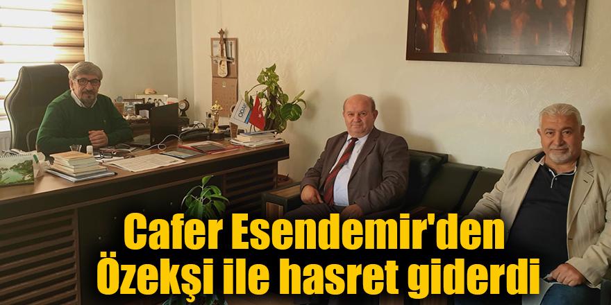 Cafer Esendemir'den Özekşi ile hasret giderdi
