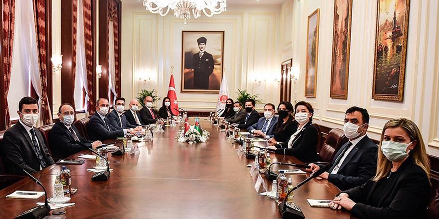 Adalet Bakanı Gül, Aliyeva ile görüştü