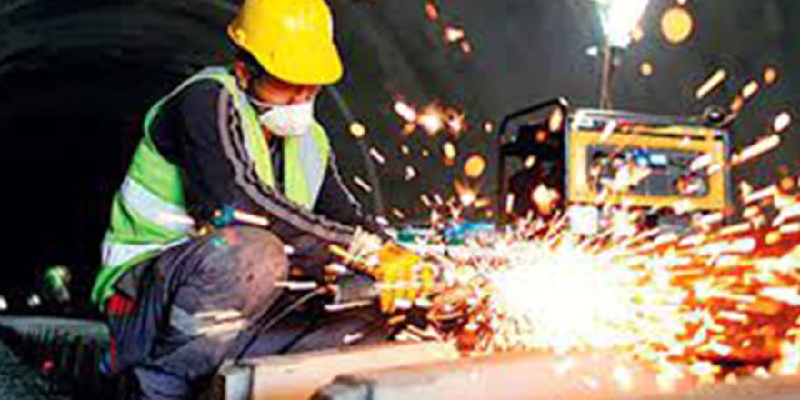 Sanayi üretimi güçlü seyrini sürdürüyor