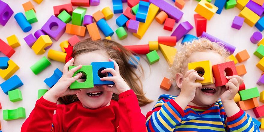 Giriş takı ve çocuk oyun grubu yaptırılacak