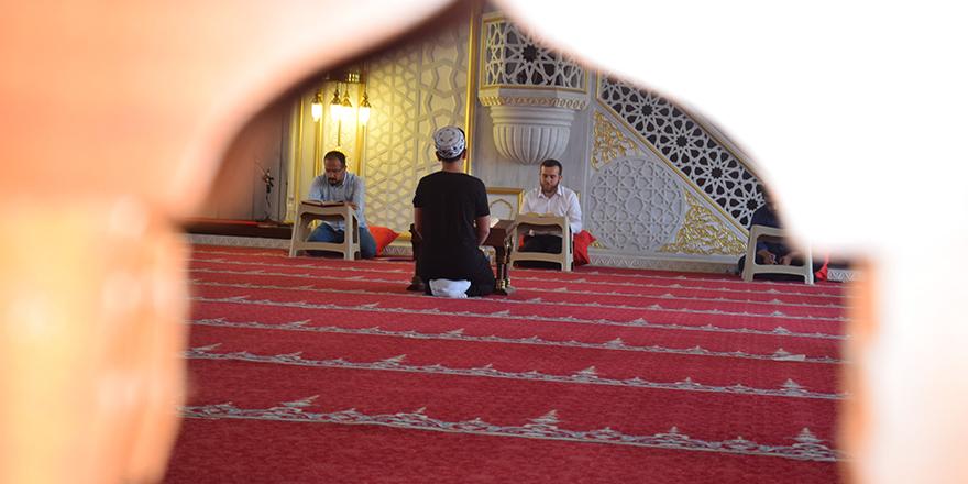 Liselerarası Kur'an-ı Kerim okuma yarışmasına ilgi