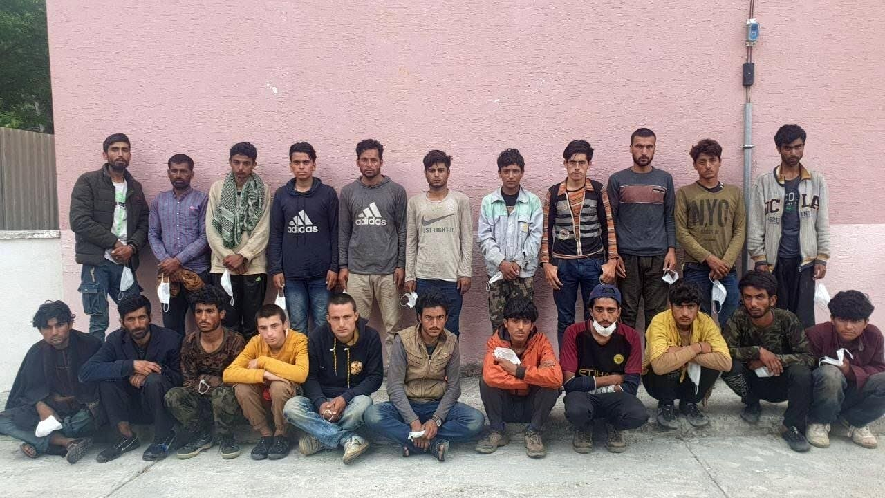42 mülteci yakalandı
