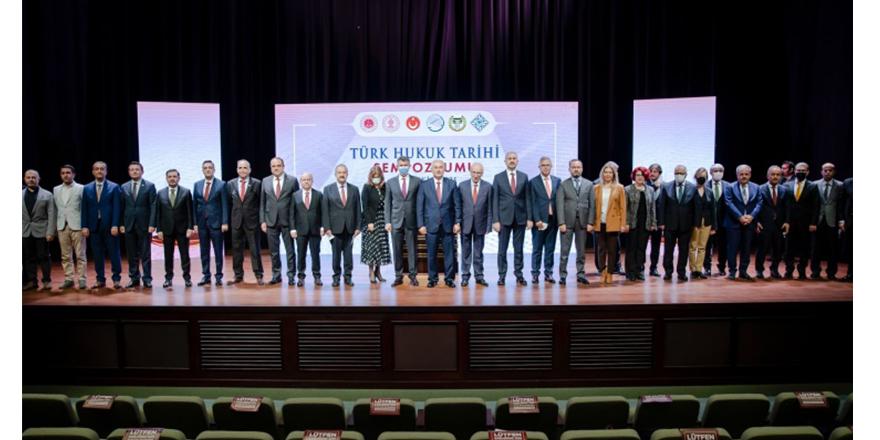 Gül'den 'hukuk devleti' açıklaması