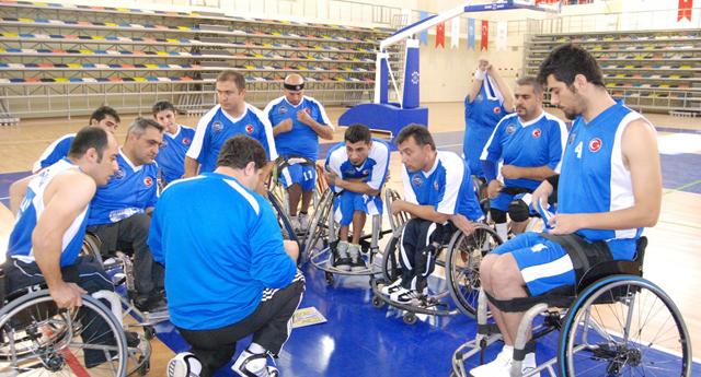 Engelli basketçilerin gözü zirvede