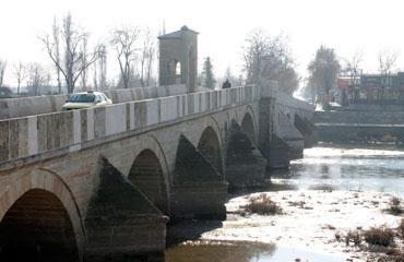 Meriç ve Tunca nehirleri alarm veriyor