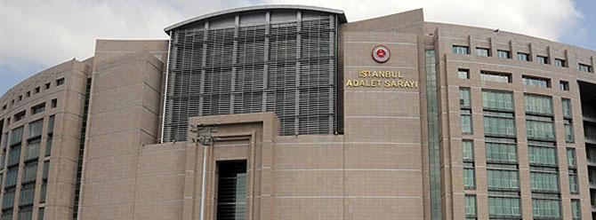 İstanbul Adliyesi önünde polis müdahalesi