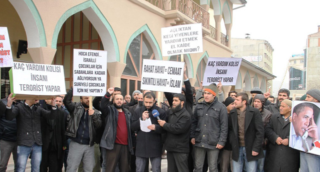 Operasyonlar protesto edildi