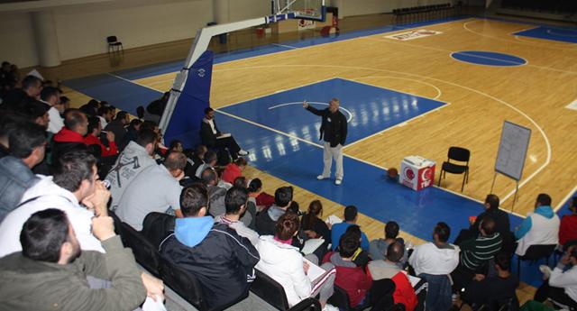 Şehitkamil basketbol  antrenörlük kursuna ev sahipliği  yapacak