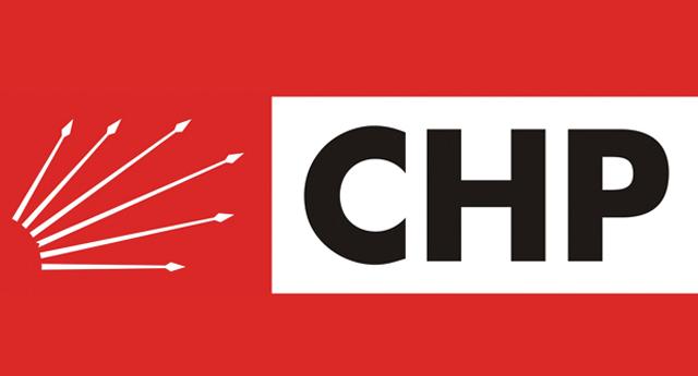 CHP\'de istifa depremi