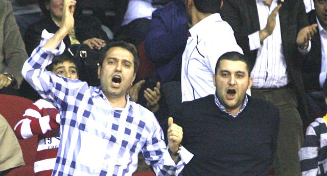 Cihan Dağcıoğlu tribünleri coşturdu