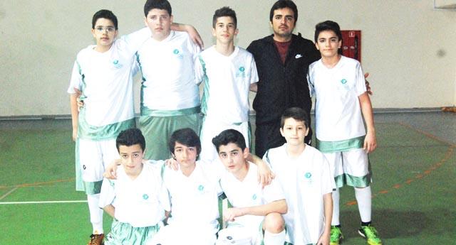 Cahit Nakıpoğlu kupayı 4 golle aldı 4 – 1