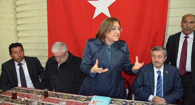 Fatma Şahin ziyaretlere devam