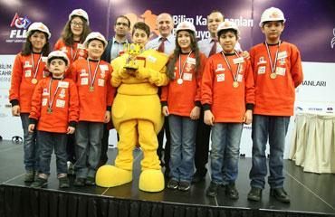 Özel Sanko öğrencileri, First Lego ligi şampiyonu oldu