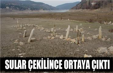Sular çekilince mezarlık ortaya çıktı