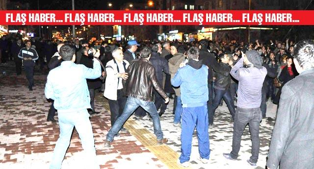 AK Parti seçim bürosuna saldırdılar