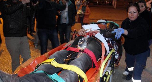 Suriyeliler birbirini bıçakladı