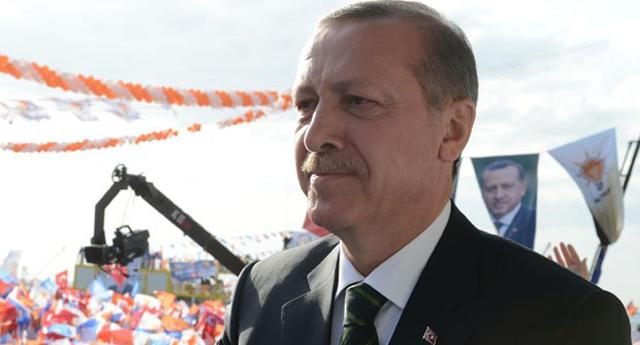 Bana neden Atatürk posteri sallıyorsun