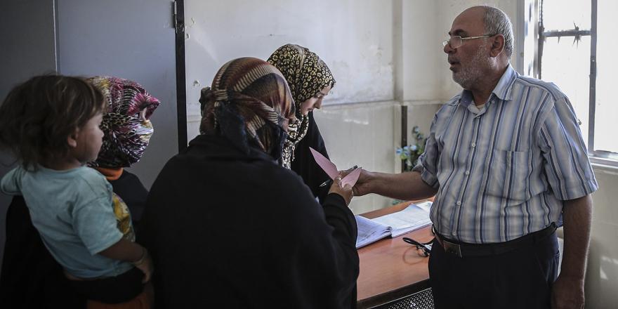 Gönüllü doktorlar şifa dağıtıyor