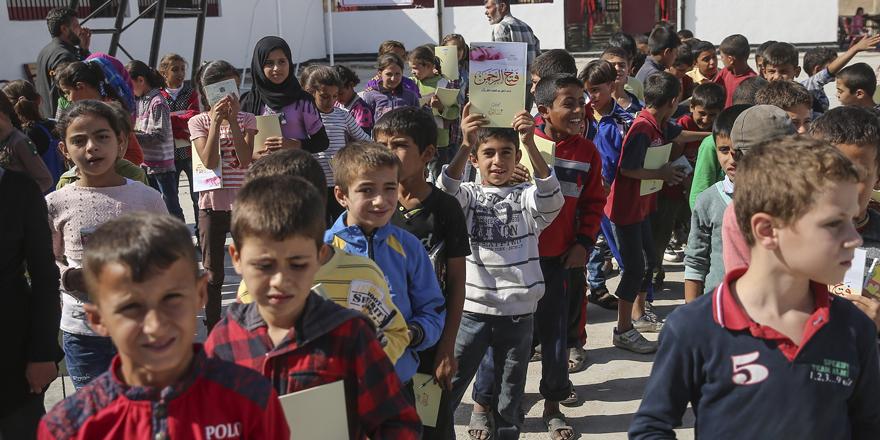 Çocuklara Kur'an-ı Kerim hediyesi