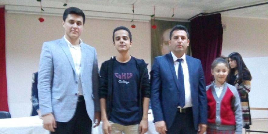 Öğrencilerin başkanlık yarışı