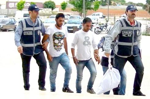 Suriyeliler uyuşturucudan tutuklandı